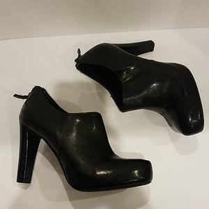 Franco Sarto Shoes - Franco Sarto Black boots Sz 8